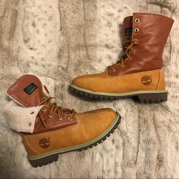 Women's size 7 Timberland boot